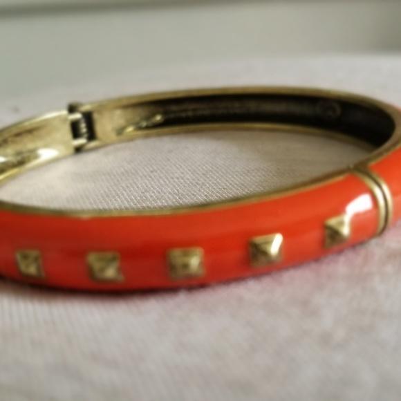 "Premier Designs Jewelry - PREMIER DESIGNS ""Fired Up"" Bangle Bracelet"